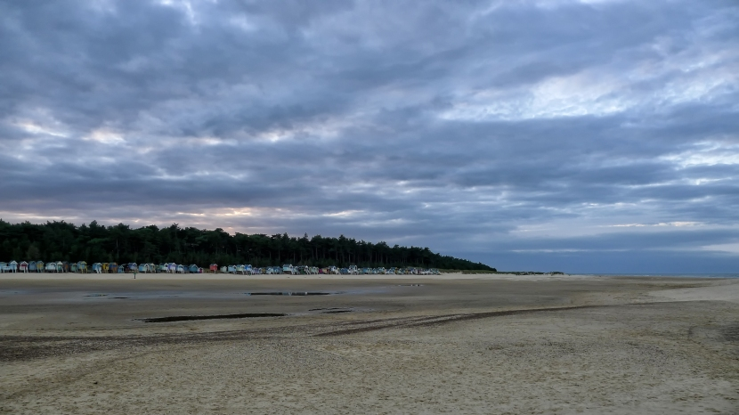 wells_beach_scene_colour