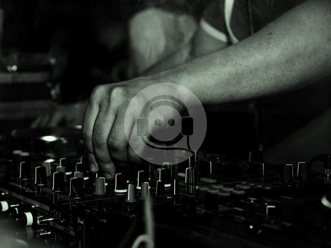 house music mixtape January - dj mix - these go to 11 blog